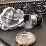 Posh Chalk Pigment Silver + Rose Moulding