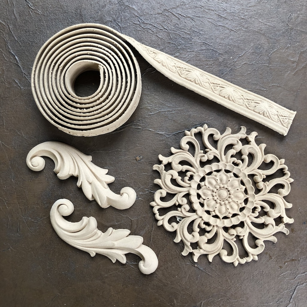 Selection of woodubend mouldings